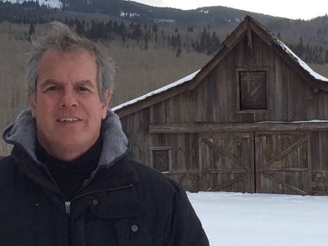 wylie_on_hateful_eight_set.jpg