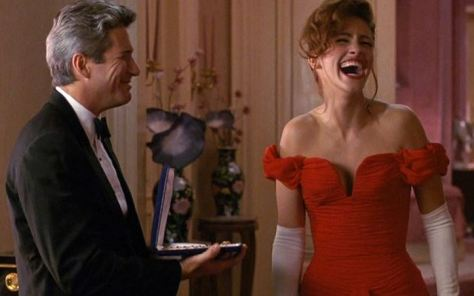julia_roberts_richard_gere_pretty_woman_necklace_date_laughing