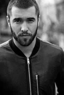 Josh Bowman 2015