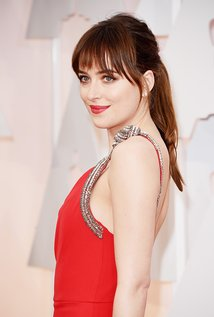dakotajohnson.jpg