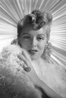 Lana Turner (1921–1995).jpg