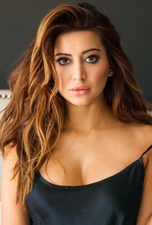 Noureen DeWulf.jpg
