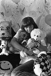 Karen Carpenter (1950–1983).jpg