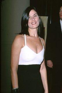 Linda Fiorentino.jpg