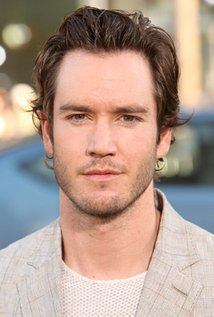 Mark-Paul Gosselaar.jpg